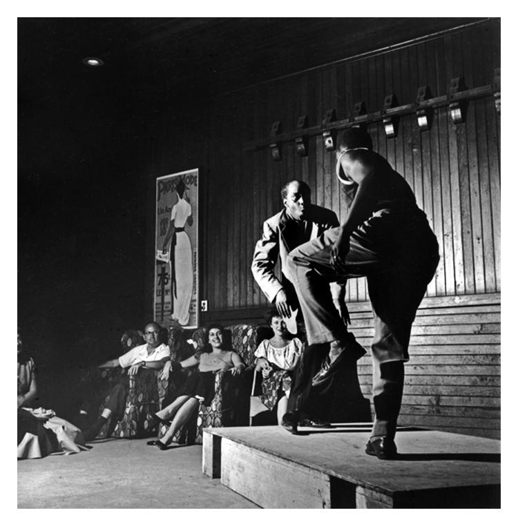 Al Minns and Leon James 1951 taken by Clemens Kalischer